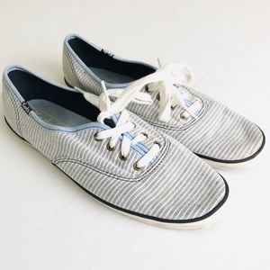 Keds Blue and White Striped Lace Up Shows Size 8.5